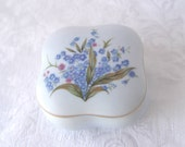 Vintage RING Dish Trinket Box ~ Jewelry Box ~ Hand Painted Lefton China Forget-Me-Nots