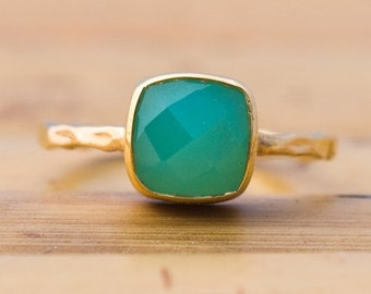 SALE - Green Chrysoprase Ring - Solitaire Ring - Gemstone Ring - Stacking Ring - Gold Ring- Cushion Cut Ring