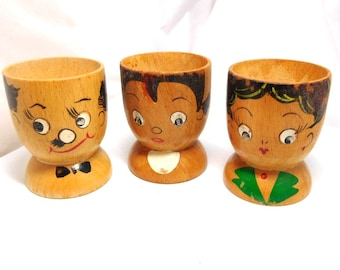 Vintage Egg Cups 3 Wood Faces hand painted retro 50s Fun Collection Mom Dad Baby