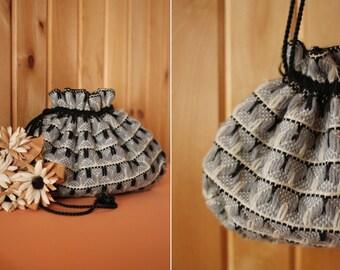 vintage 1940's navy & gray knit drawstring purse bag pouch