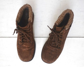 Suede Ankle Boots Sweater Cuff Woodland Outdoor Hiking Brown Boots Womens Size 9 Vintage Early 90s Grunge