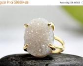 white druzy gold ring,cocktail ring,large ring,statement ring,wow ring,vintage ring,gemstone ring,white ring,double band ring
