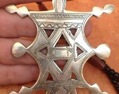 Large Tuareg Compass Cross Silvermix with Agath, Silver & Onyxbeads