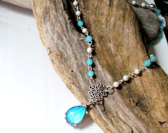 Nature Jewelry, Blue Butterfly Beaded Necklace, Bubble Butterfly, Beaded Glass Necklace