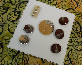 7 Stunning Vintage Glass Art Deco Buttons, Caramel,Brown,Cream,Silver Luster