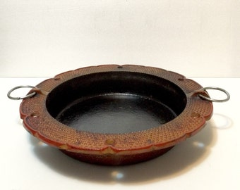 Vintage Japanese Cast Iron Sukiyaki Pan, marked Santo, textured and scalloped rim