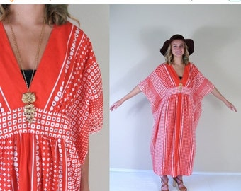 vtg 60s RED+WHITE geometric print CAFTAN gradient os avant garde maxi dress mod polka dot angel sleeve empire kimono