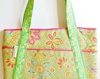 Field of Flowers Quilted Tote