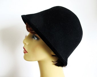 Vintage Black Wool Hat, Cloche,  Made in Italy