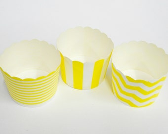 Cupcake Baking Cups, 20 Yellow Baking Cups, Candy / Nut Cup, Baking Cups, Muffin Liners, Candy Cup, Ring Stripe, Vertical Stripe, Chevron