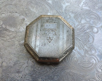 Vintage 1920s silver etched compact