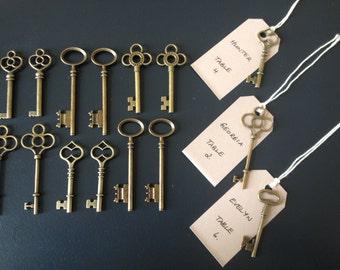 100 Large Antique Bronze Brass Skeleton Keys & 100 Kraft Tags, Vintage Key Wedding Set Party Keys Escort Card Keys Wedding Favors
