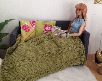 Chunky cable knit throw blanket in olive green with or without 2 modern rose pillows in olive and fuchsia for sixth scale diorama