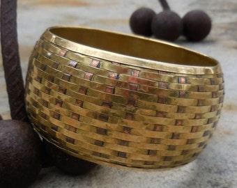 BRILLIANT Basket Weave Vintage Brass/Copper Bangle - BOLD!