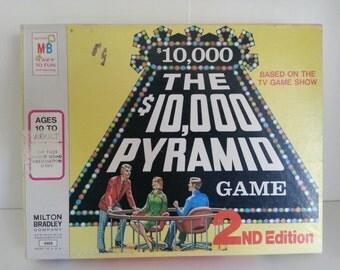 1974 Milton Bradley The 10,000 Pyramid Game second edition