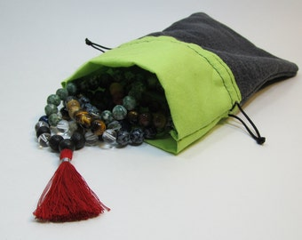 Mala pouch - A small bag for your mala made by Sphalie with upcycled fabric - Jewelry pouch - Bag for your mala