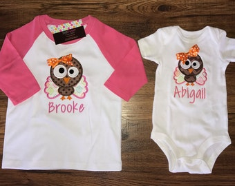 Personalized Applique Fall Girl Thanksgiving Turkey Long/Short Sleeve onesie.