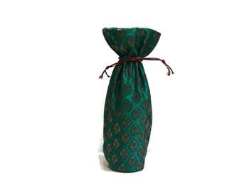 Wine Bag Banaras sari fabric handmade woven brocade emerald green & gold small floral motifs gift bag Hostess gift favors reusable