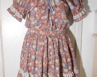 On Sale Vintage, Dress, Cowboy, 2Piece,1970s,Ranch,Square Dance,Size Medium,Hippie,Floral