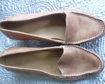Tan leather heeled loafers uk 7 eu 40