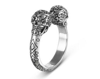 Sugar Skull Ring - Antique Silver Day of the Dead Skull Ring