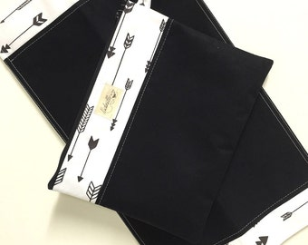 Wet bag and Change mat/pad set. Black arrows.  Waterproof lining. Fantastic baby Gift.