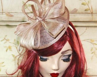 Champagne Gold Kentucky Derby Hat - Champagne Fascinator Hat - British Wedding Fascinator - Kate Middleton Style Hat - Church Hat