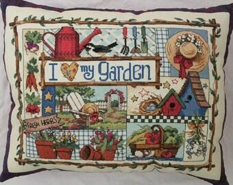 Love My Garden Pillow