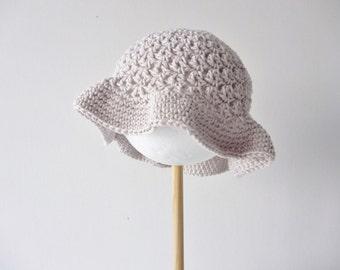 Floppy sunhat handmade in  soft organic cotton - 12 - 18 months - crochet bonnet