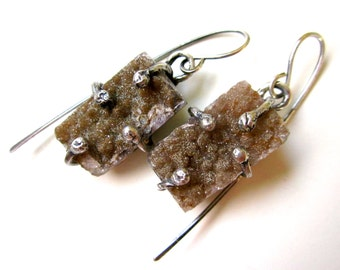 The Quiet Plain - organic primitive mystical pastel fawn brown crystal agate drusy rectangle & sterling silver prong metalwork earrings