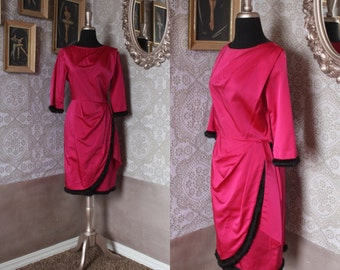 Vintage 1960's Magenta Fur Trimmed Fitted Dress Medium