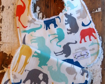 Bib & Burp Cloth Gift Set  - Chic Animals Blue - Baby Boy - Elephants, Giraffes, Crocodiles - Blue, Red, Grey, Gold