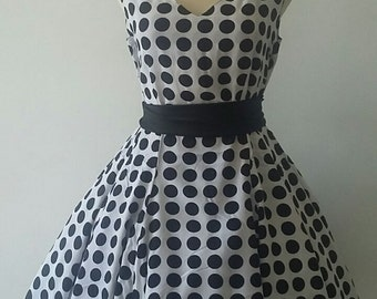 Polkadots Vintage inspired Summer 50s Dress