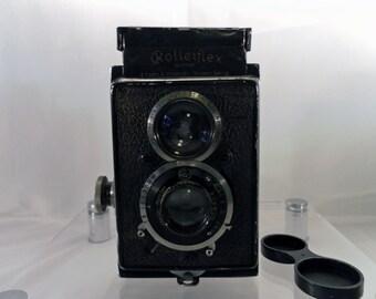 Vintage 1930's Rolleiflex Standard Camera 6x6 K1.  Model 614 Zeiss Tessar  f 3.8-32 lens. Serial No. 105105
