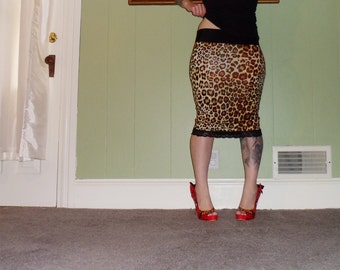 What's New Pussycat? - Another Leopard Print Pencil Skirt