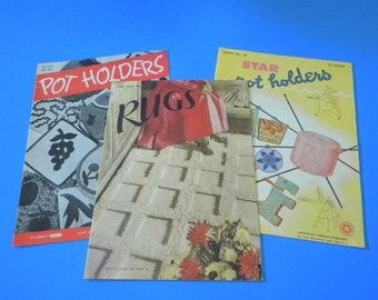 Vintage crochet pattern books from the 40s for rugs and potholders