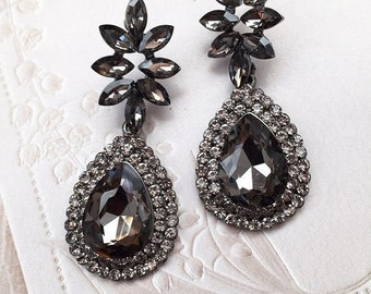 Bridal jewelry, Bridal earrings, Wedding jewelry, wedding earrings, Black crystal earrings, Maid of honor earrings,Vintage inspired earrings