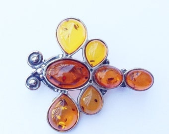 Amber Acrylic Insect Brooch Vintage Figural Fun Fashion Jewelry