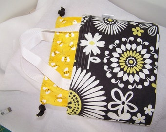 Insulated lunchbox, Drawstring lunch bag, Small purse, Cosmetic case, fabric Lunch cooler, food tote
