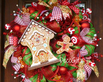 BAVARIAN GINGERBREAD HOUSE Christmas Wreath with Red and White Candies
