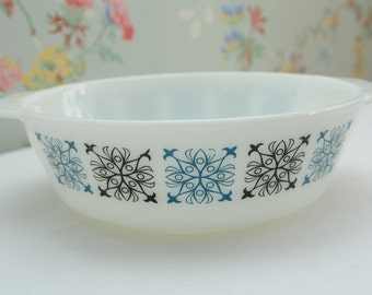 Pyrex Chelsea Oven Dish