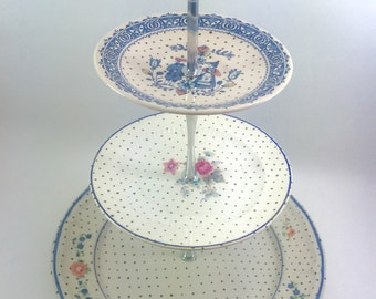 3 Tier Stand Jewelry Display Pink And Blue Couple