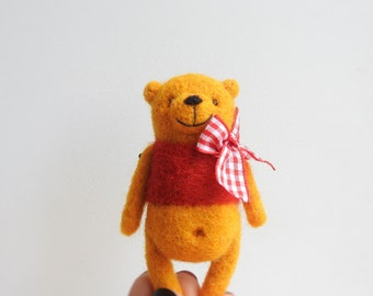 Needle Felted Yellow Bear brooch / Gift for kids / Eco friendly jewerly / Kids jewerly / Made with love