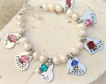 Grandmothers Bracelet. Mothers Bracelet.Gift for Grandma.Personalized Birthstone Bracelet.Mothers Jewelry.Personalized Jewelry. Gift for Mom