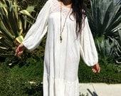 Vintage 70s White Gauze Dress//Bohemian Dress// Cotton Dress// Hippie Gypsy