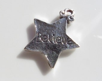 5CT. Antique Silver 'Believe' Star Charm. Y11