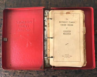Vintage Cookbook, Detroit Times Recipes by Vivette Circa 1930's