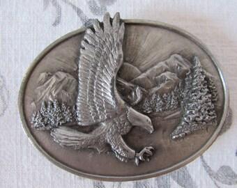 "Buckle 1982 Siskiyou Buckle Company "" American Eagle "" silver"
