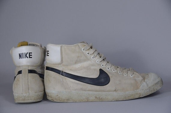 new style 8e7f7 16f01 Vintage 1980s Canvas Nike Hi Top Sneakers Size 4. ◅ blazer Like .