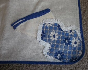 "Mid Century  Linen Tablecloth & 4 Napkins...31"" Square Beautiful Quality...Wilendur Era...1940"